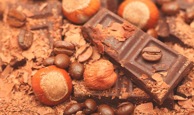 Орехи и шоколад