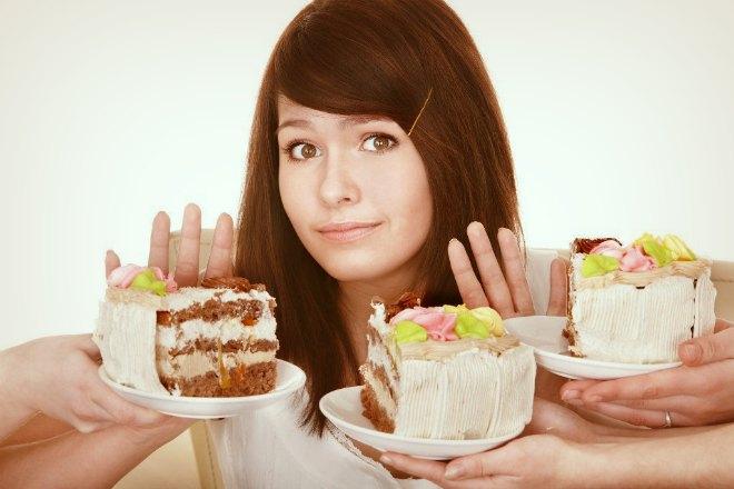Девушка и сладости